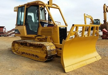 Бульдозер Caterpillar D5G XL